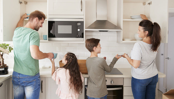 Clean home hacks for families busy with travel