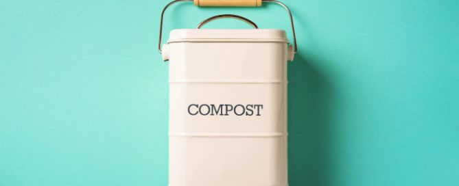 How to Clean Up While Composting
